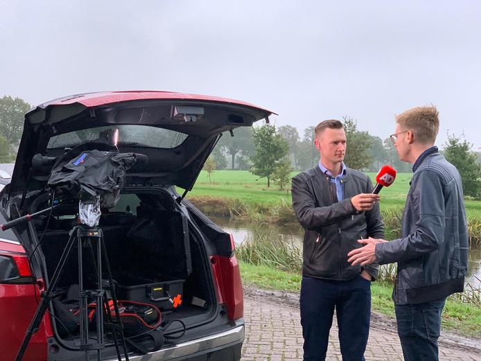 Stentor-verslaggever Stefan Keukenkamp doet verslag in Ruinerwold