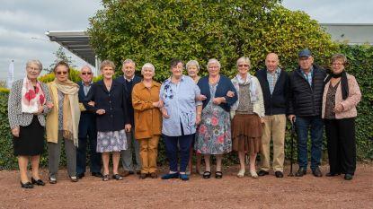 80-jarige klasgenoten organiseren voor de 21ste keer reünie