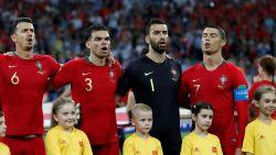 De smaakvolle reden waarom Ronaldo zich tijdens het volkslied zijwaarts draaide