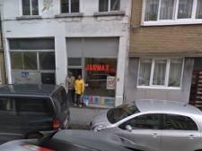 Antwerpse voedingswinkel lapt coronaregels aan de laars: zaak wordt als café gebruikt