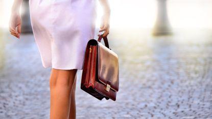 Leder, opvallend of toch maar een rugzak? Dit zijn de ideale handtassen voor op het werk