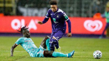 """Onze columnist Camps over Anderlecht: """"Jongens van 17 zijn welkom. Maar dan met de klasse van Van Himst of Pelé"""""""