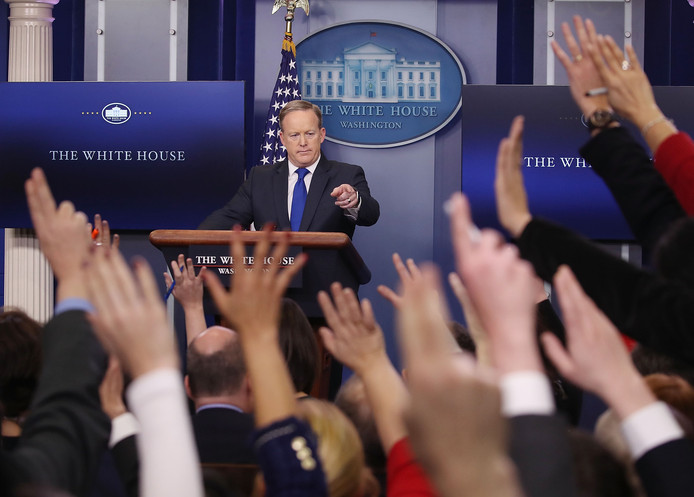 Een persconferentie in het Witte Huis.