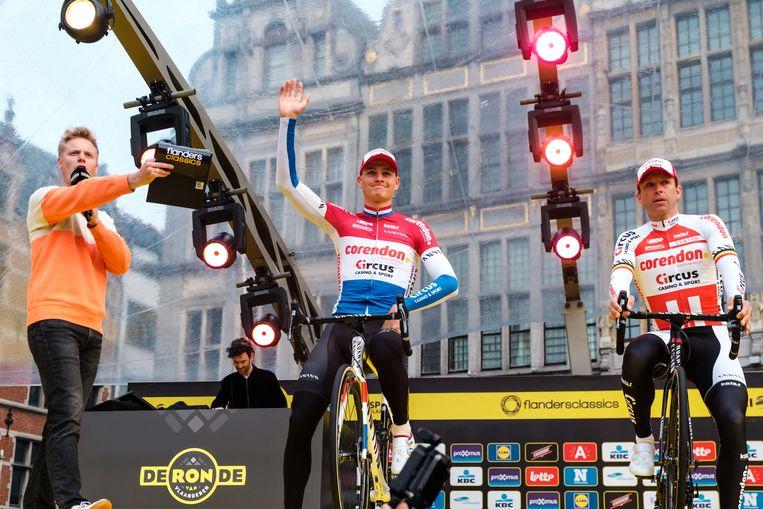 Nederlandse topper Mathieu van der Poel kreeg véél applaus van het Antwerpse publiek.