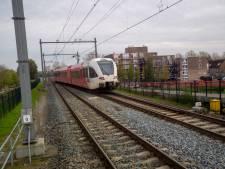 Reizigers Merwedelingelijn weer in de kou vanwege tjokvolle trein