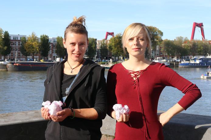 Lonneke Jonker (l) en Jessica van Deursen.