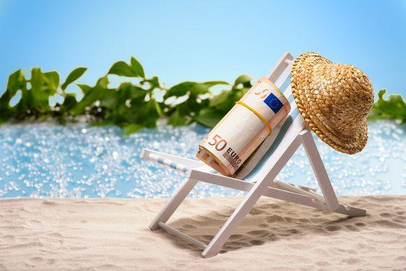 Vakantieplannen zijn misschien onzeker, maar het vakantiegeld komt eraan.