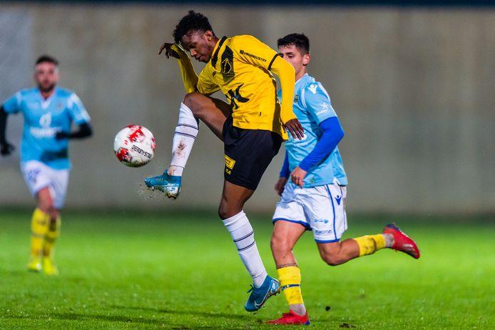 Joshua Bohui in het oefenduel met FC Ferreiras.
