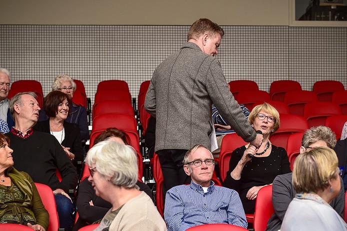 10 jaar Filmtheater met vertonen van favoriete filmfragmenten afgelopen tien jaar en Rene Mioch als ceremoniemeester/interviewer in Oudenbosch.