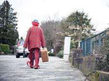 Clown Kwibus (74) heeft zo'n 50.000 kinderen vermaakt; na 25 jaar moet hij nu stoppen