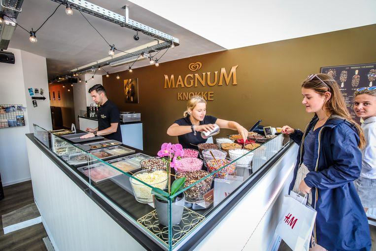Ook ijsjesgigant Magnum heeft deze zomer een zaak in Knokke.