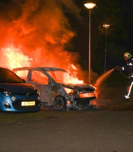 Goudse politie krijgt versterking om autobranden te stoppen
