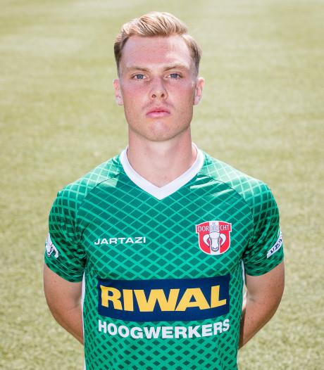 FC Dordrecht-middenvelder Smith: 'Nu kalmer voor de goal'
