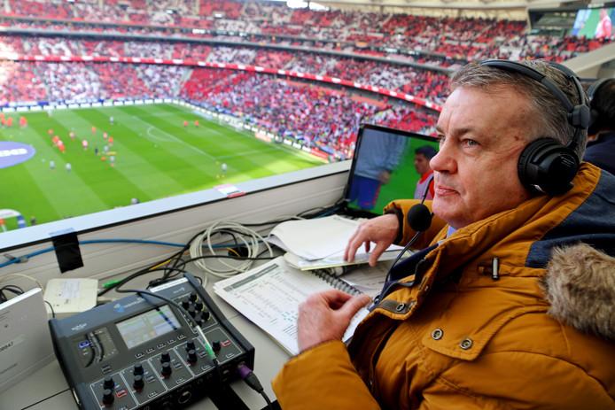 Ziggo-commentator Sierd de Vos in het Wanda Metropolitano.