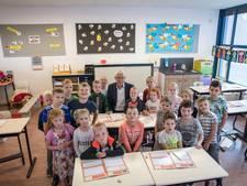 Afscheid directeur Van de Weijer Bladel: 'Leerkracht verdient echt assistent'