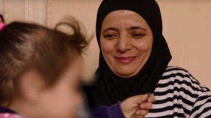 """Grootmoeder van twee kinderen van Syriëstrijders die naar België mogen terugkeren: """"Dit is de gelukkigste dag van mijn leven"""""""