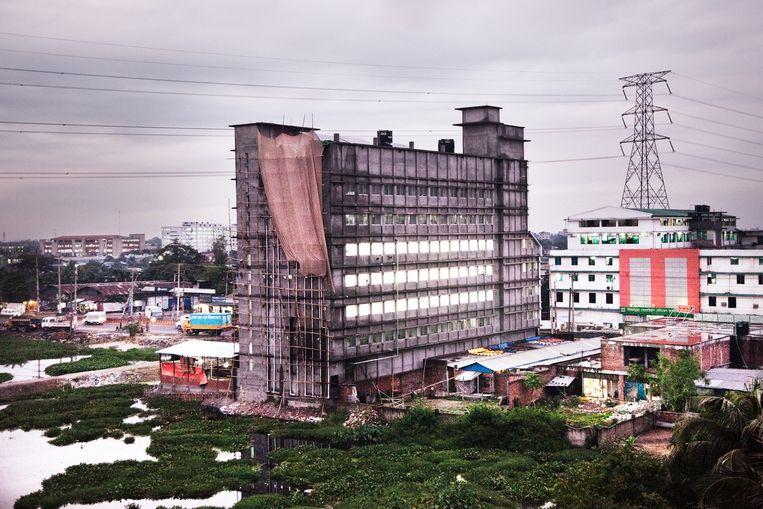 Een textielfabriek in Gazipur (een voorstad van Dhaka) Beeld null
