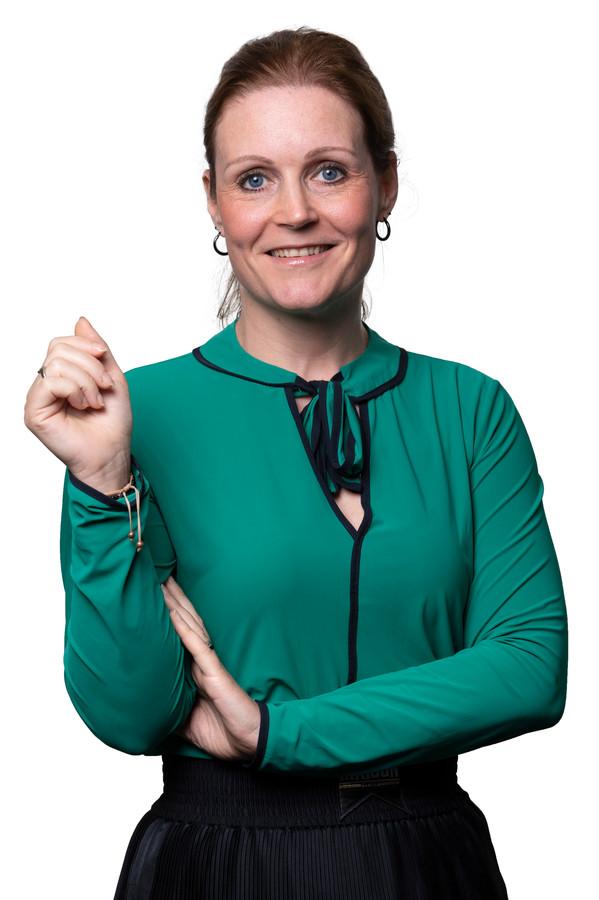 Femke Hellings: ,,Ik bezocht vanaf mijn keukentafel een coronaproof open dag van Fontys. En dat betekent natuurlijk afstandelijk Zoomen of Teamsen met z'n honderden tegelijk.''