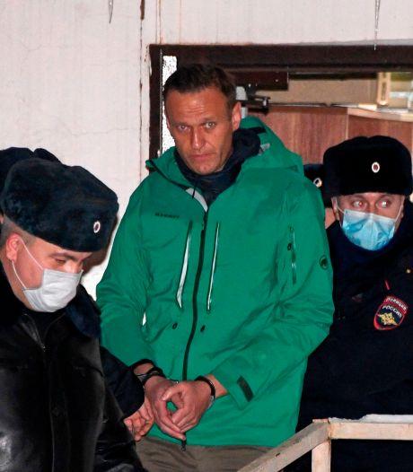 Navalny schiet met scherp ondanks gevangenschap: alle pijlen op Poetin