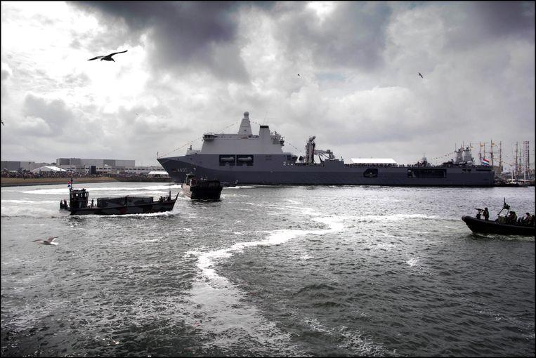 Rresentatie van het nieuwe vlaggeschip van de marine, de Zr.Ms. Karel Doorman, tijdens de Marinedagen in Den Helder. Beeld Werry Crone