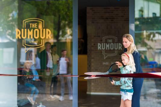 De opening van The Rumour aan de Gasthuisring.
