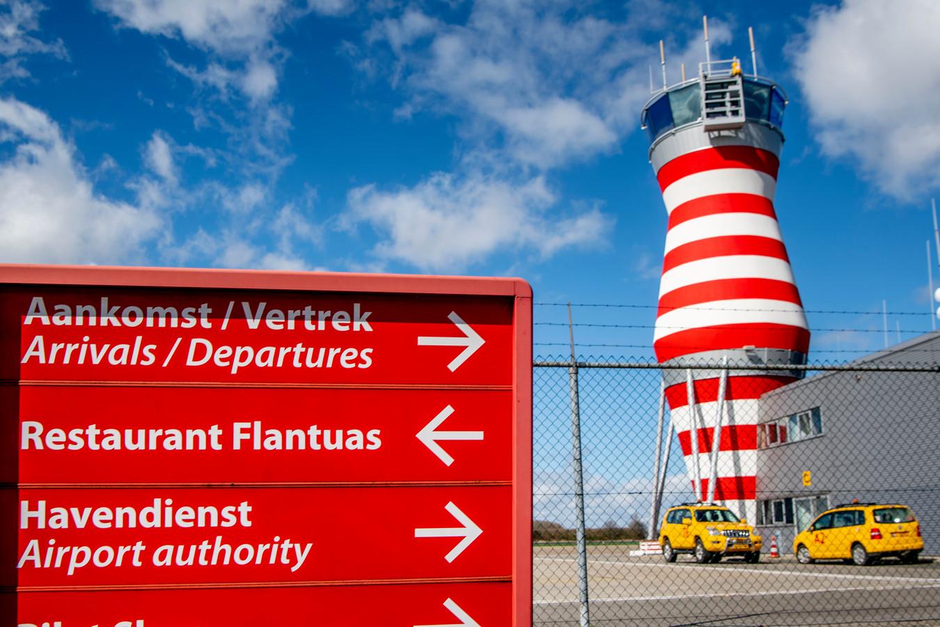 Lelystad Airport is klaar om te openen als vakantieluchthaven. De bedoeling is dat het vliegveld vanaf april 2020 gaat fungeren voor commerciële luchtvaart.