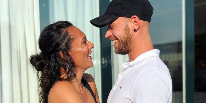 Rowena Baierl en haar vriend.