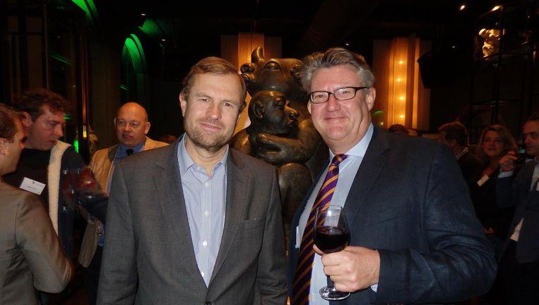 Mark Sneiders (KIT) en Floris Kappelle van De Maatschappij: 'Wij zijn bankiers, lobbyisten, kinderboekenschrijvers en we denken: hier moeten we meer van weten' Beeld Schuim