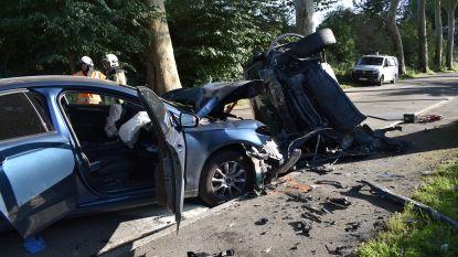 Drie gewonden bij zware klap op Gentse Steenweg