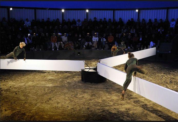 Een beeld uit de voorstelling Wiek van Schweigman&.