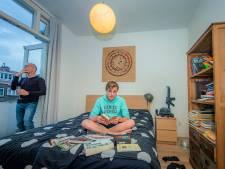 Als de nacht valt wordt Simon Coopmans (17) pas wakker: 'Dat is fijn, alles is dan stil en iedereen slaapt'