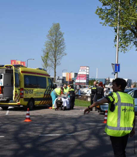 Fietser gewond bij aanrijding Goudkade in  Gouda