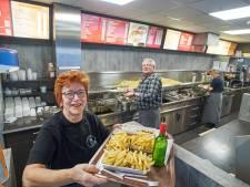Na 35 jaar cafetaria Nardje nog steeds genieten van friet en een frikandel speciaal