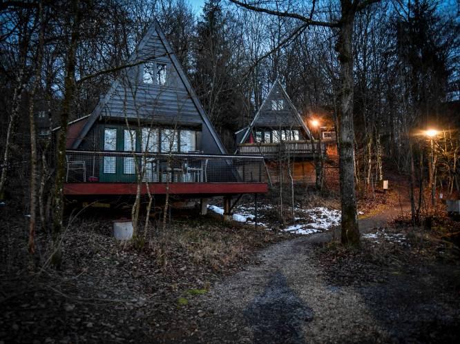 """Campings en vakantieparken stappen naar Raad Van State: """"Wij mogen niet verhuren, maar elk weekend zitten andere vakantiehuizen wél vol: dat doet pijn"""""""