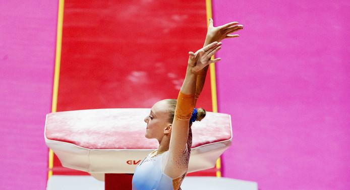 GLASGOW - Tisha Volleman in actie op onderdeel sprong tijdens de toestel finale in het SSE Hydro tijdens het EK turnen tijdens Glasgow 2018.