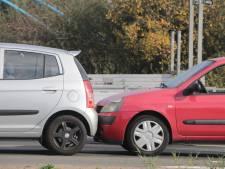 Gewonde door aanrijding met drie auto's