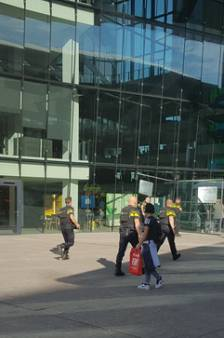 Verdachte man met kogelwerend vest had geen kwaad in de zin bij Stadskantoor