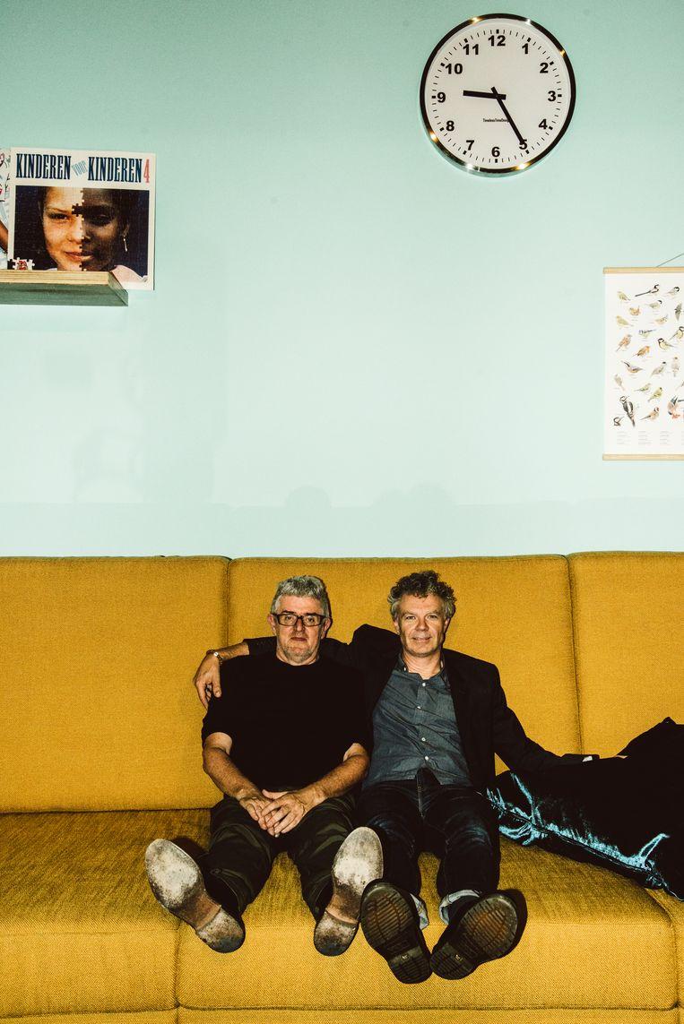 Curator Jan Delvaux en muzieksamensteller Jimmy Dewit in Lang leve de muziek.