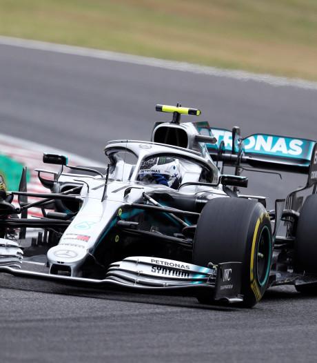 Mercedes snel in eerste vrije training, Verstappen vijfde