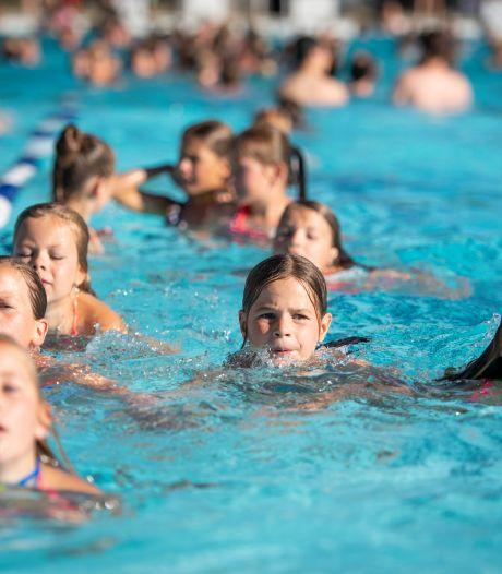 Gratis plonzen in zwembaden Rijssen-Holten? Helaas pindakaas!