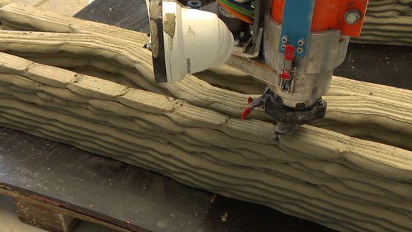 In Westerlo werd vandaag de grootste 3D-printer ter wereld voor het eerst getest.