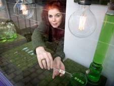 Groene kunst als VACCIN: Ingeborg maakt sieraden van hoop