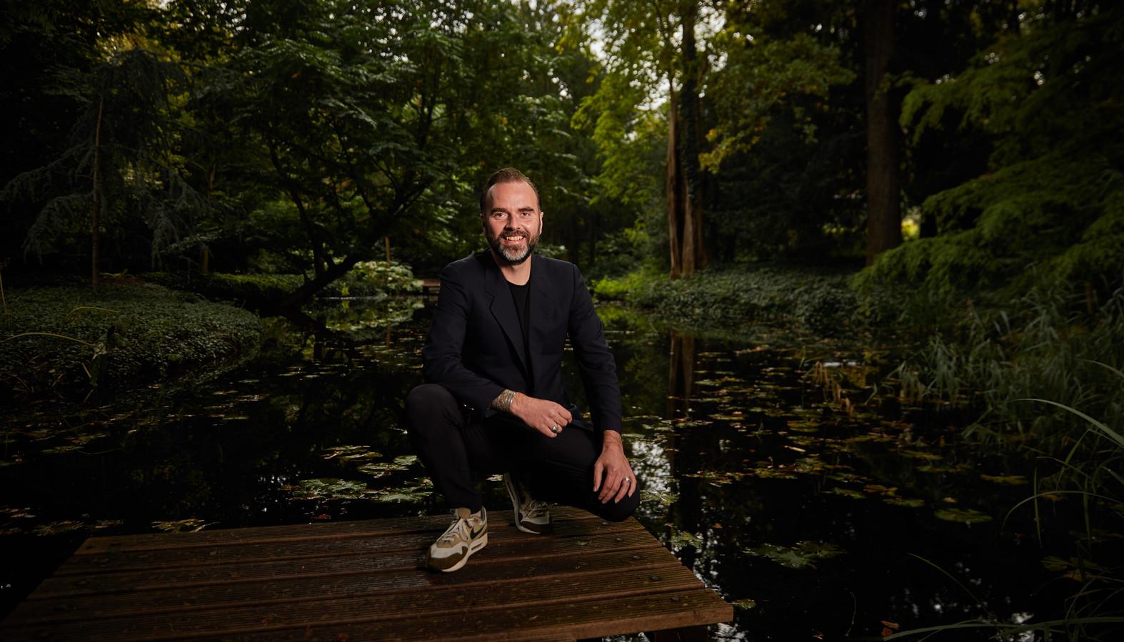 Iddo Drevijn: ,,Door talloze wandelingen in de stad heb ik geconstateerd dat wij Rotterdam vooral door een mannelijke bril bekijken.''