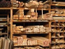 Woonboerderij Stegeren mag gesplitst worden maar houthandel moet weg
