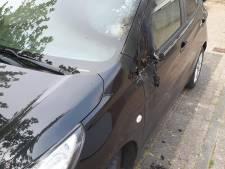 Auto Jolanda (54) uit Dommelen in brand gestoken: 'Ze legden aanmaakblokjes op de zijspiegel'