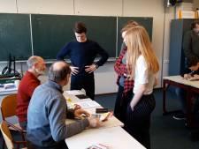 Scholieren Hardenberg nemen het voortouw bij verkiezingen