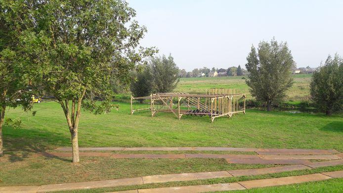 De eerste obstakels zijn al geplaatst langs de Niers in Gennep.