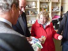 VIDEO: Gevonden 43.000 gulden uit De Kleine Winst naar Mariahof Berlicum én naar de eerlijke vinder