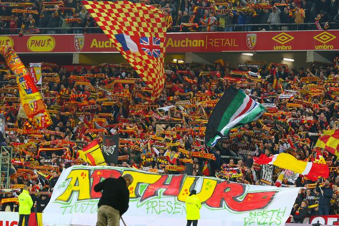 De fanatieke supporters van Racing Club Lens.