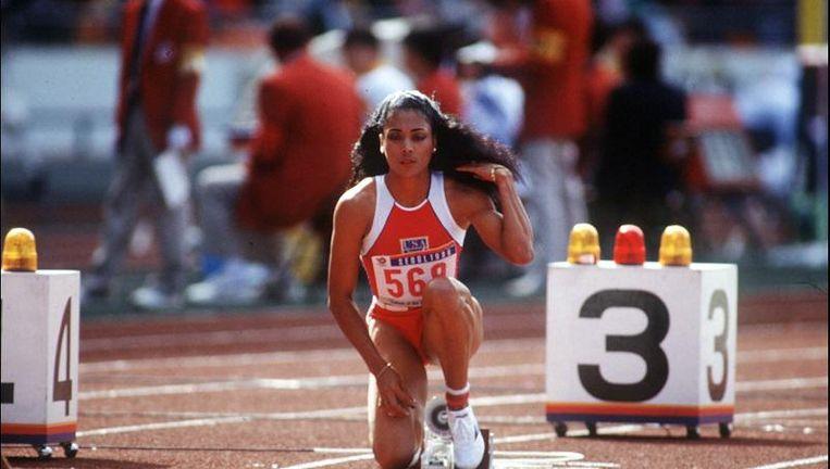 Florence Griffith-Joyner net voor haar wereldrecord op de 200 meter in Seoul.